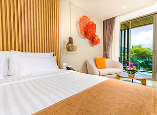9. Deluxe Hotel Room - Wyndham Grand Phu