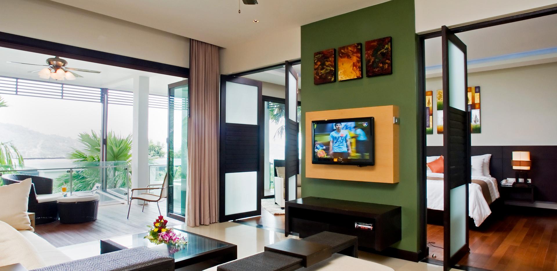 Deluxe One Bedroom Suite