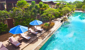 Swimming Pool - Wyndham Dreamland Resort Bali