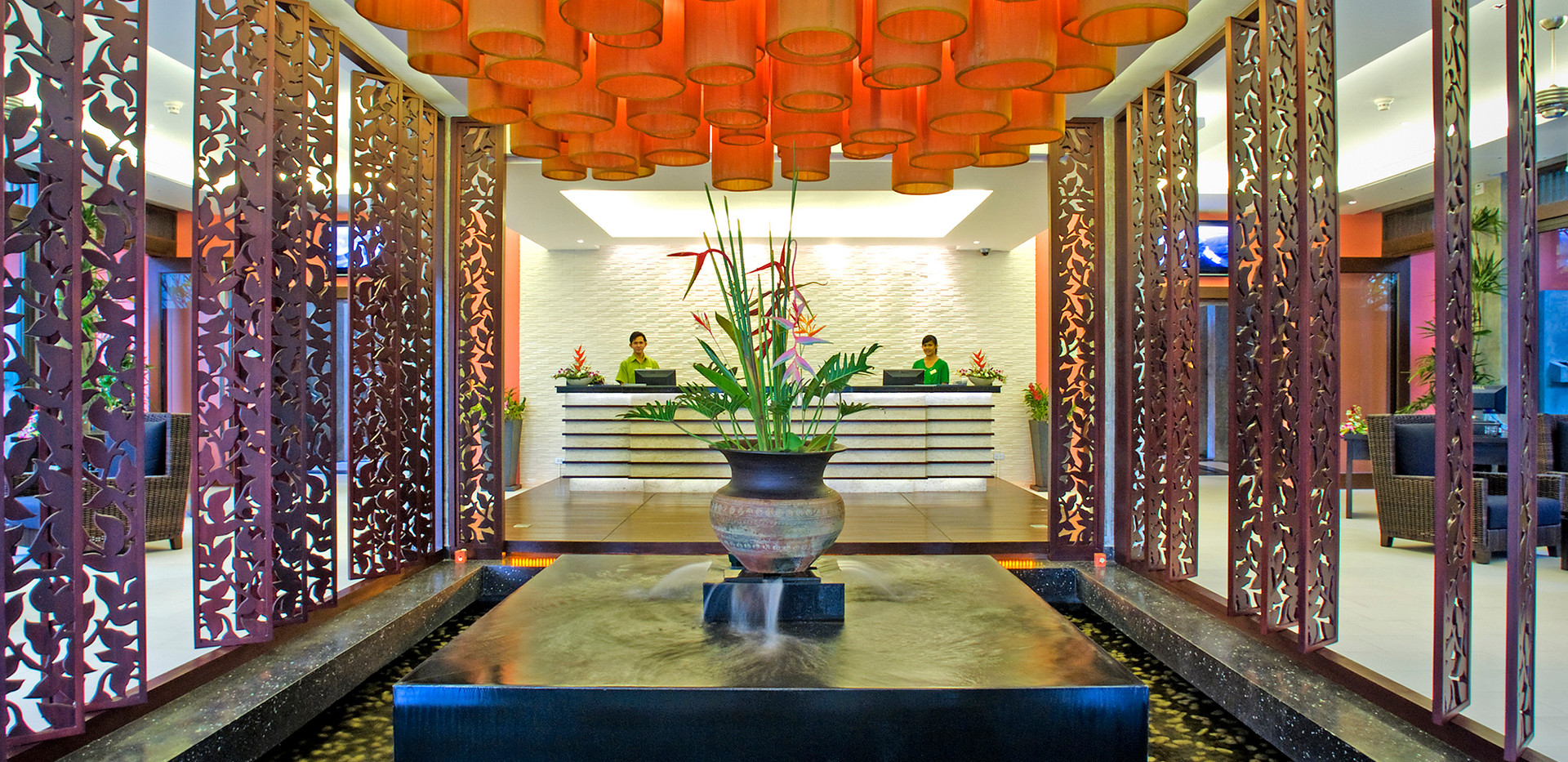 2. Lobby 2 - Wyndham Sea Pearl Resort Ph