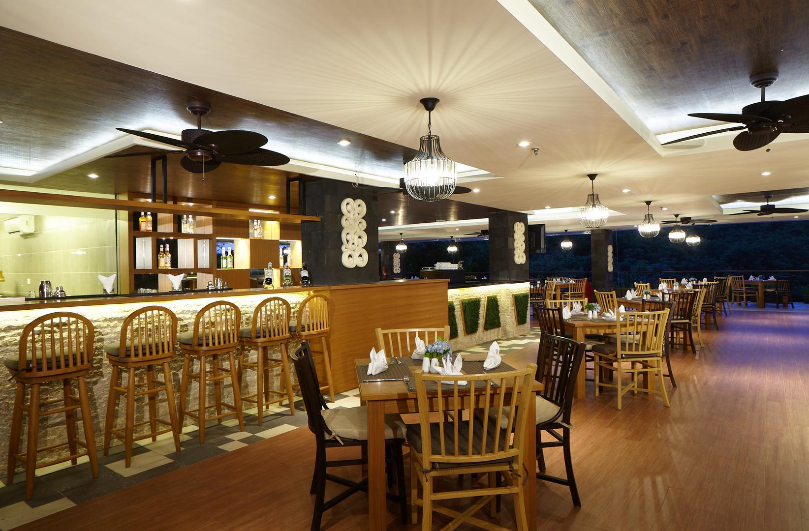 7. Dreamland Cafe - Wyndham Dreamland Re