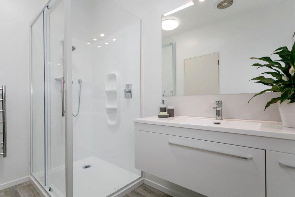 Bathroom (after)