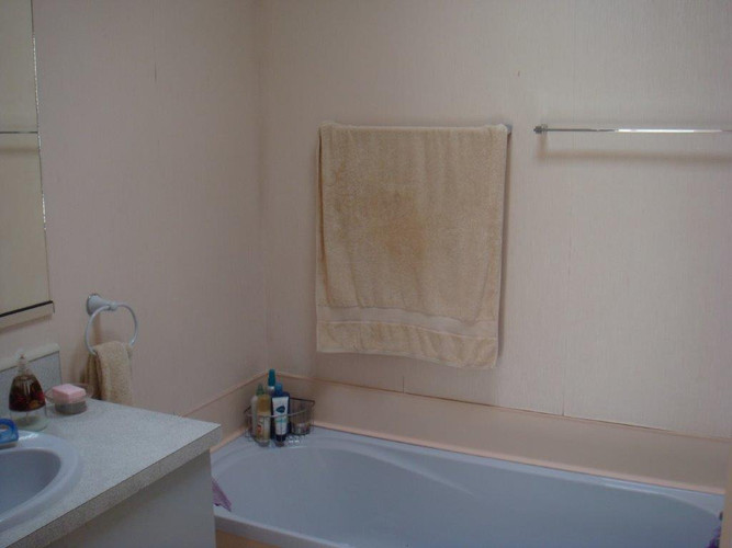 Bathroom (before)
