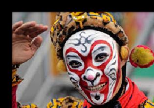 Chinese Opera- Making Chinese Opera Mask