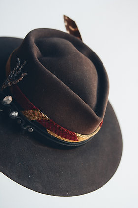 Hat 384 (Broken Arrow Series)