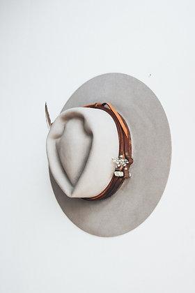 Hat 561 (Broken Arrow Series)