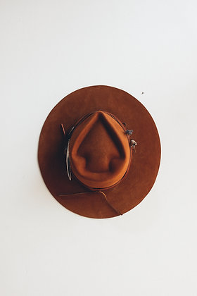 Hat 552 (Broken Arrow Series)