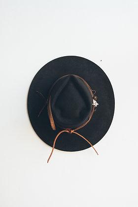 Hat 571 (Broken Arrow Series)