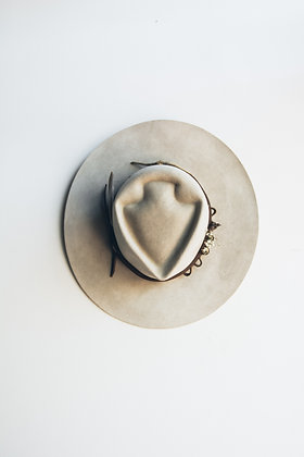 Hat 640 (Broken Arrow Series)