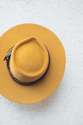 Hat 104