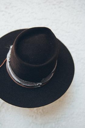 Hat 105