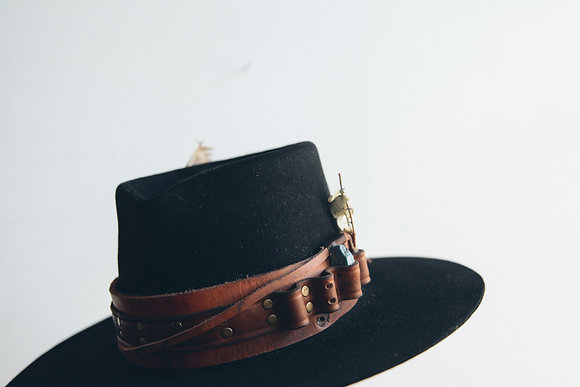 Hat 389 (Broken Arrow Series)