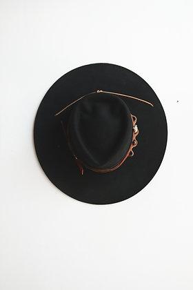 Hat 681 (Broken Arrow Series)