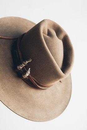 Hat 422 (Broken Arrow Series)