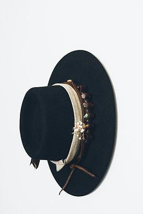 Hat 209