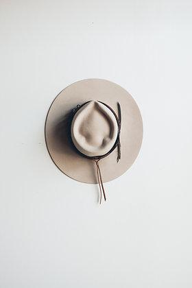 Hat 375 (Broken Arrow Series)