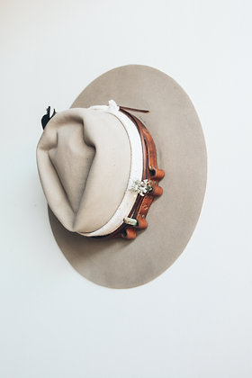 Hat 480 (Broken Arrow Series)