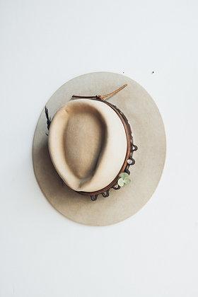 Hat 563
