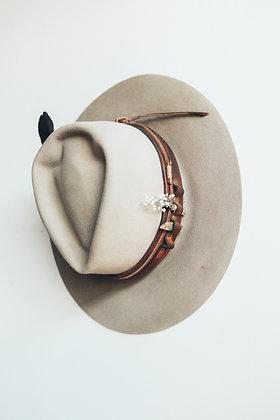 Hat 486 (Broken Arrow Series)