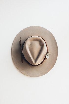 Hat 547 (Broken Arrow Series)