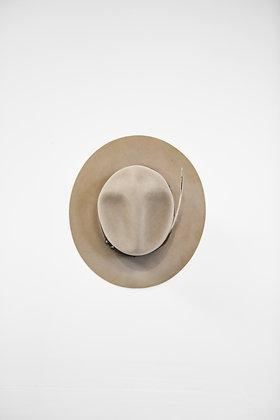 Hat 829