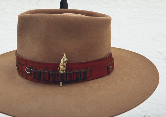 HAT 79