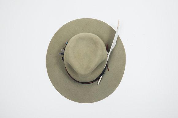 Hat 219