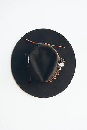 Hat 537 (Broken Arrow Series)