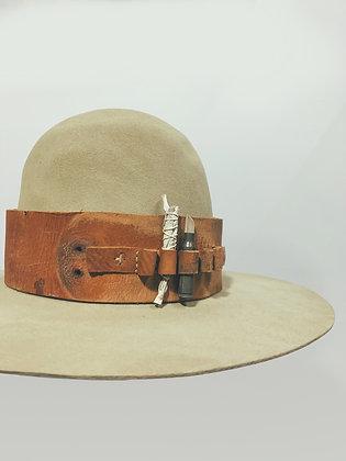 HAT 81