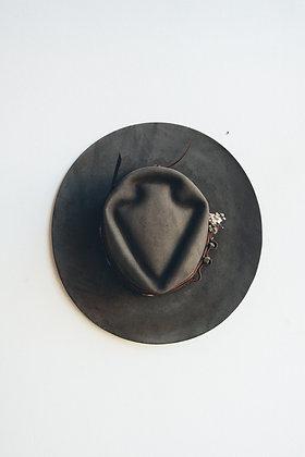 Hat 589 (Broken Arrow Series)