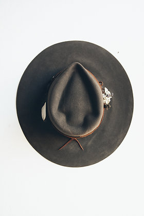 Hat 534 (Broken Arrow Series)