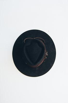Hat 642 (Broken Arrow Series)
