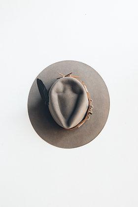 Hat 435 (Broken Arrow Series)