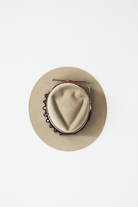 Hat 730 (Broken Arrow Series)