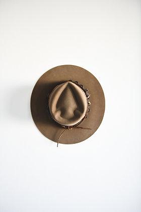 Hat 842