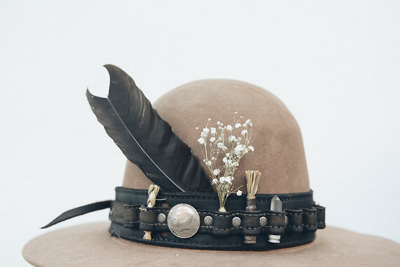 Hat 231