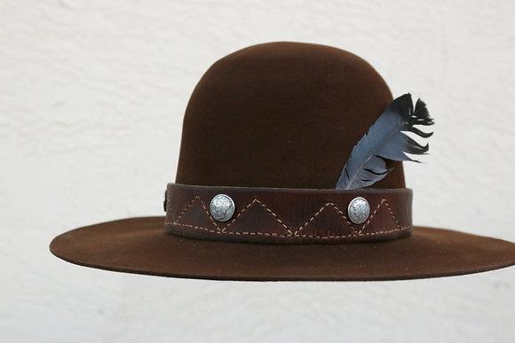 HAT 77