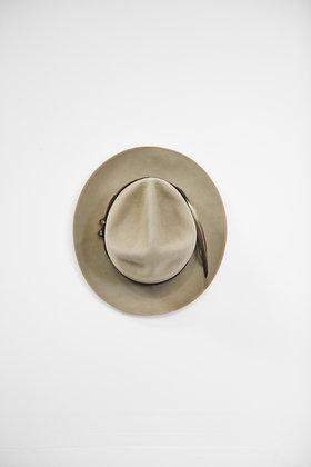 Hat 827