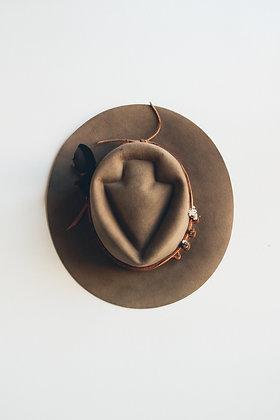 Hat 423 (Broken Arrow Series)