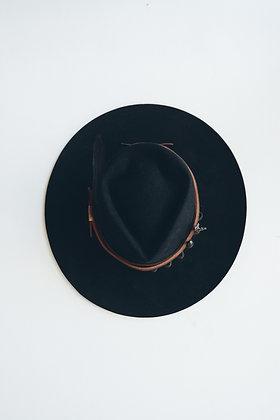 Hat 618 (Broken Arrow Series)