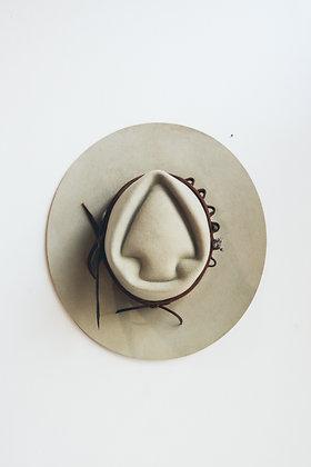 Hat 591 (Broken Arrow Series)