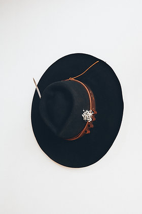 Hat 543 (Broken Arrow Series)