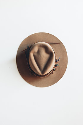 Hat 494 (Broken Arrow Series)
