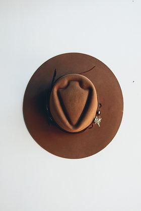 Hat 652 (Broken Arrow Series)
