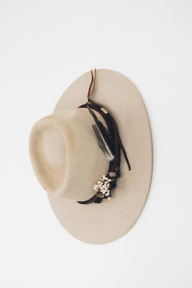 Hat 200