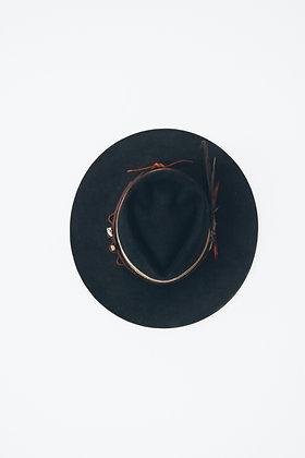 Hat 752 (Broken Arrow Series)