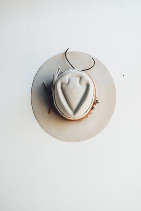 Hat 650 (Broken Arrow Series)