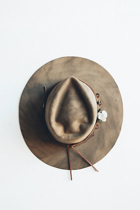 Hat 460 (Broken Arrow Series)