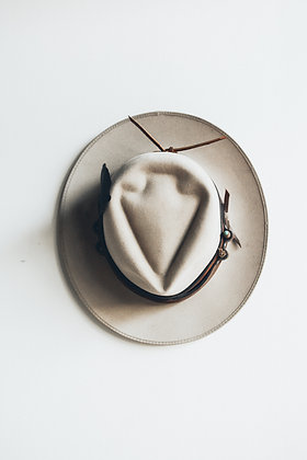 Hat 522 (Broken Arrow Series)