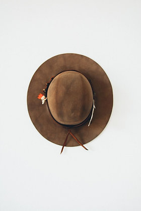 Hat 700